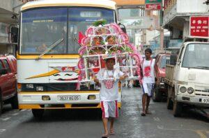 Hindus Pilgern nach Grand Bassin